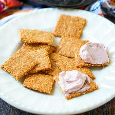 If you crave pb&j on a keto diet, these easy low carb peanut crackers with a berry cream cheese spread is the snack for you. The peanut crackers only use 3 ingredients and the cream cheese spread just a few more. Diabetic Snacks, Keto Snacks, Raspberry Syrup, Raspberry Extract, Sugar Free Jam, Low Carb Peanut Butter, Cream Cheese Spreads, Low Carb Sweets, Yummy Food