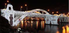 Brisbane Bridges 投影效果