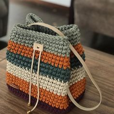 I Found These Elegant Crochet Bags . I Crochetbag - Crochet Tutorial - Best Knitting Crochet Sole, Free Crochet Bag, Crochet Bags, Crochet Handbags, Crochet Purses, Crochet Bag Tutorials, Crochet Backpack, Yarn Bag, Bag Pattern Free