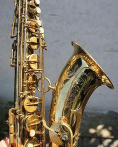 Selmer Mark VI tenor sax saxophone by… Saxophone For Sale, Saxophone Players, Jazz Instruments, Flautas, Slide Guitar, Tenor Sax, Jazz Blues, Band Memes, Musicals