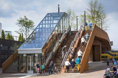 Ponte para pedestres e ciclistas produz energia solar na Holanda