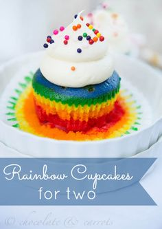 Rainbow Cupcakes for Two. This recipe make only two cupcakes, which will be enough to satisfy your sweet tooth and have perfect portion control. Cupcakes Arc-en-ciel, Rainbow Cupcakes, Yummy Cupcakes, Cupcake Cakes, Rainbow Frosting, Birthday Cupcakes, Yummy Treats, Sweet Treats, Yummy Food