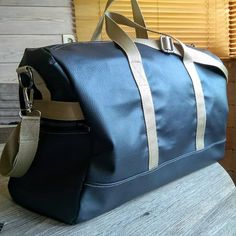 mj.crea Le dernier Boston pour un de mes fils #sacotin #sacotinaddict #voyage #weekend #couturepassion #coutureaddict #faitmain #handmadebag #travel #diygift