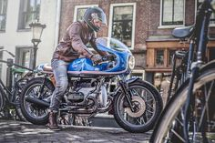 Return of the  cafe racer - BMW