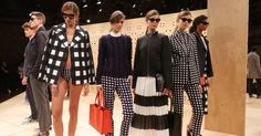 """""""The Spring #NYFW collection you'll want in its entirety (and may even be able to afford) http://www.popsugar.co.uk/fashion/Banana-Republic-Spring-2017-Collection-42363578 …"""" by POPSUGAR UK@POPSUGARUK"""