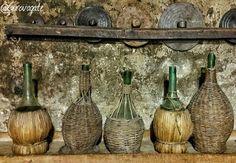 Weekend in Alta Umbria tra borghi e piatti tipici | itinerario in Valtiberina Bottle, Home Decor, Decoration Home, Room Decor, Flask, Home Interior Design, Jars, Home Decoration, Interior Design