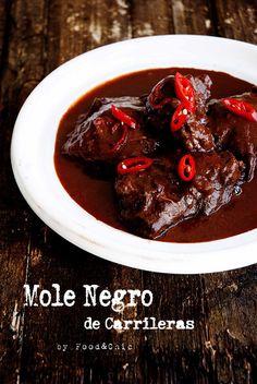 MOLE NEGRO DE CARRILLERAS. @Food&Chic
