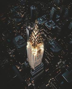 Chrysler Building  Credit Jude Allen • #gentlemanstylestream —– All credit to original photographer  #gentlemanstyle #motivation #fashion #smart #suit #style #stylish #man #inspiration #ootd...