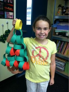 Fun and easy way to make an Advent Tree!  Using this as a team builder for my cooperative learning groups.