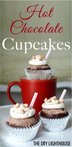Easy hot chocolate cupcakes from a box cake mix   super quick and easy but great for a party   Christmas winter fall food   hot chocolate themed cake   cute and clever cupcake ideas