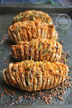 Garlic Herb Hasselback Potatoes Perfectly baked hasselback potatoes w/ garlic slices in between, brushed w/ infused butter, topped w/ cheddar, parmesan, and three freshly chopped herbs. Fruit Recipes, Potato Recipes, Cooking Recipes, Hassleback Potatoes, Baked Potatoes, Baked Potato Slices, Cheddar, Parmesan, Scones Ingredients