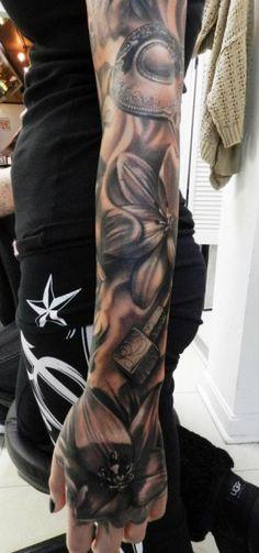 Carl Grace - Flower Tattoo Sleeve