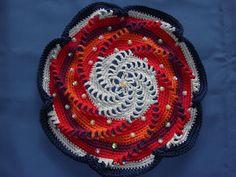 Fien's haakhoekje: Mandala haken  8 point spiral in colours changes the motif