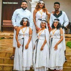 #Oromo #Oromia #Oromoculture #Hararghe Oromo People, Bridesmaid Dresses, Wedding Dresses, Sari, Culture, Beauty, Fashion, Bridesmade Dresses, Bride Dresses