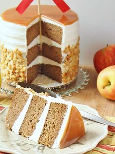 Caramel apple cake (Caramel Sauce recipe: Yield: about 2 cups 1 1/2 cups sugar 1/4 cup corn syrup 1/2 cup (1 stick) of butter, softened, cut into 1/2-inch cubes 1 ½ cups heavy cream)