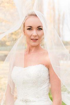 David Tutera wedding dress NZ, Central Otago Autumn Wedding, Autumn Wedding, Alexandra Wedding, autumn bridal shoot nz, Central Otago Wedding Photographer, Heidi Horton Photography
