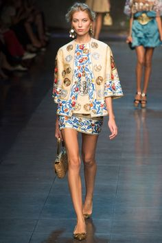 Dolce  Gabbana Spring 2014 RTW - Review - Fashion Week - Runway, Fashion Shows and Collections - Vogue