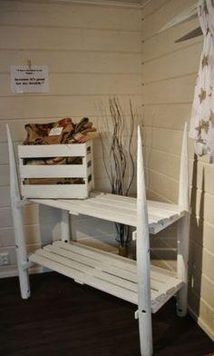 Heinäseiväshylly Cat Bunk Beds, Arts And Crafts, Diy Crafts, Garden Structures, Holidays And Events, Tea Lights, Woodworking, Interior, Inspiration