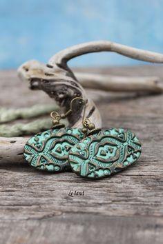 green pearl earrings baroque texture oval dangle by Lelandjewelry