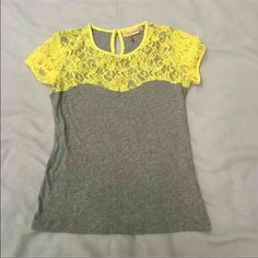 Princess Vera Wang Top Princess Vera Wang Juniors size small grey (cotton) and yellow lace top! Like new! I personally think it fits more like a XS! The back has a small opening at the top which you can see in the picture. (Slightly wrinkled from being in a drawer) Vera Wang Tops Blouses