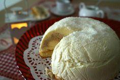 Tartufo bianco con cuore al caffè e una buonissima e molto semplice torta gelato copiata dalla ricetta originale e preparata in casa.