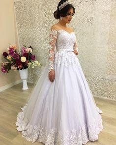 Fall wedding dresses with charm 36 Western Wedding Dresses, Best Wedding Dresses, Bridal Dresses, Wedding Dress Separates, 2 Piece Wedding Dress, Gown Wedding, Elegant Dresses, Beautiful Dresses, Bridal Looks