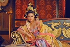 The Empress of China - Tang Dynasty Hanfu Costumes a work of art. Worn by supporting actress in the TV drama.