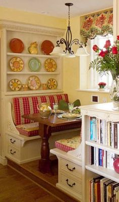 Cottage-style breakfast nook…only if I had a place for a nook.chandelier only Cottage-style breakfast nook…only if I had a place Kitchen Booths, Kitchen Nook, Kitchen Decor, Kitchen Ideas, Kitchen Seating, Kitchen Banquette, Kitchen Colors, Kitchen Dining, Kitchen Designs