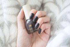 h&m nail polish smoky aubergine
