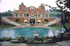 sophia loren pool