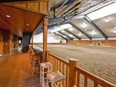 World-class equestrian estate Ellensburg, Washington - indoor arena  viewing area