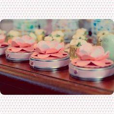 Latinhas mint to be da Oficina da Lolli decorada com scrapbooking