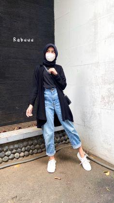 Casual Hijab Outfit, Ootd Hijab, Hijab Chic, Casual Outfits, Cute Outfits, Fashion Outfits, Model Kebaya, Hijab Fashion Inspiration, Girl Photo Poses