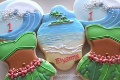 I& never actually been to a tropical beach. Sure, I& been to the beach- I live a little over an hour away from the Atlantic Ocean. The thought of visiting a real. Cupcakes, Cake Cookies, Hawaiian Cookies, Hawaiian Theme, Luau Theme, Biscuits, Summer Cookies, Rattan Basket, Cookie Designs