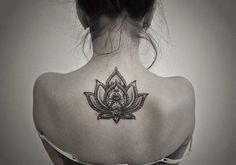 Risultati immagini per fiore di loto tattoo