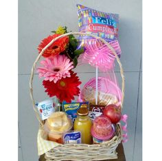Birthday Box, Happy Birthday, Mom Day, Beautiful Morning, Ideas Para, Instagram, Diana, Vestidos, Breakfast Basket