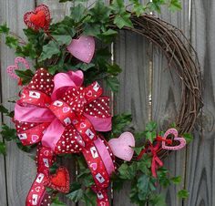 Valentines Wreath  Red and Pink Valentines Wreath