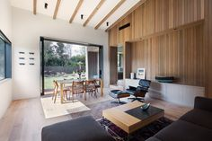 Gallery of House Under Eaves / MRTN Architects - 3