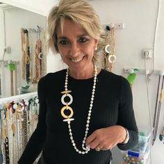Coral Jewelry, Beaded Jewelry, Jewelry Necklaces, Handmade Jewelry, Jewellery, White Necklace, Diy Necklace, Necklace Designs, Soutache Necklace