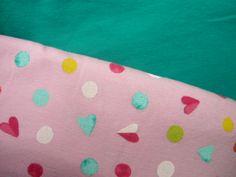 Jednolícní+pletenina+růžová+s+hrubším+potiskem+Materiál:+bavlna+Orientační+rozměr+140x70cm+Pokud+vložíte+do+košíku+až+3x,zašlu+vcelku+Větší+rozměr+pruží+do+šířky+++++