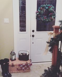 Making a small entryway cozy for the holidays 🎄 Wonderful Counselor, Prince Of Peace, A Child Is Born, Front Entry, Entryway, Cozy, Holidays, Instagram Posts, Life