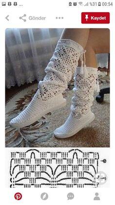 Crochet Slipper Pattern, Crochet Wool, Crochet Slippers, Love Crochet, Crochet Doilies, Crochet Stitches, Crochet Baby Shoes, Crochet Clothes, Crochet Designs