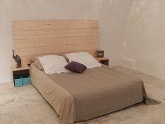 tête de lit , lambris en sapin ,  idée décoration, planches bois large