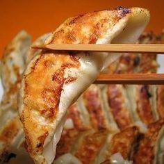 絶品餃子!!肉汁がやばい究極のギョーザのレシピを厳選!#レシピ #ギョーザ - NAVER まとめ