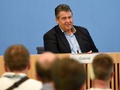 Berlino - Il vicecancelliere tedesco e ministro dell'Economia, il…