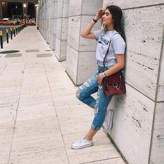 434.5 mil seguidores, 393 seguidos, 544 publicaciones - Ve fotos y videos de Instagram de Nicole Garcia (@nicolegarcia) Nicole Garcia, Denim Skirt, Mom Jeans, Street Style, Clothes For Women, Instagram, Womens Fashion, Skirts, Pants