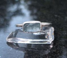 Raw Blue Apatite Bar Crystal Stacking Ring, Size 7, Thin Dainty Hammered Sterling Silver Band, Minimalist Jewelry, Aqua Blue Stone