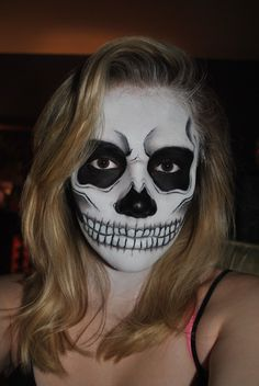 Skull Facepaint by ~wompler