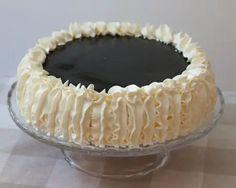 Sitruuna-lakritsikakku - Leivontablogi Makeaa Lassi, Tiramisu, Pie, Ethnic Recipes, Desserts, Food, Torte, Tailgate Desserts, Cake