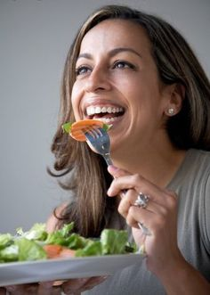 Woman Laughing with Salad Women Laughing, People Laughing, Funny Salad, Fruit Salad, Healthy Eating, Food, Lettuce, Annie, Weird